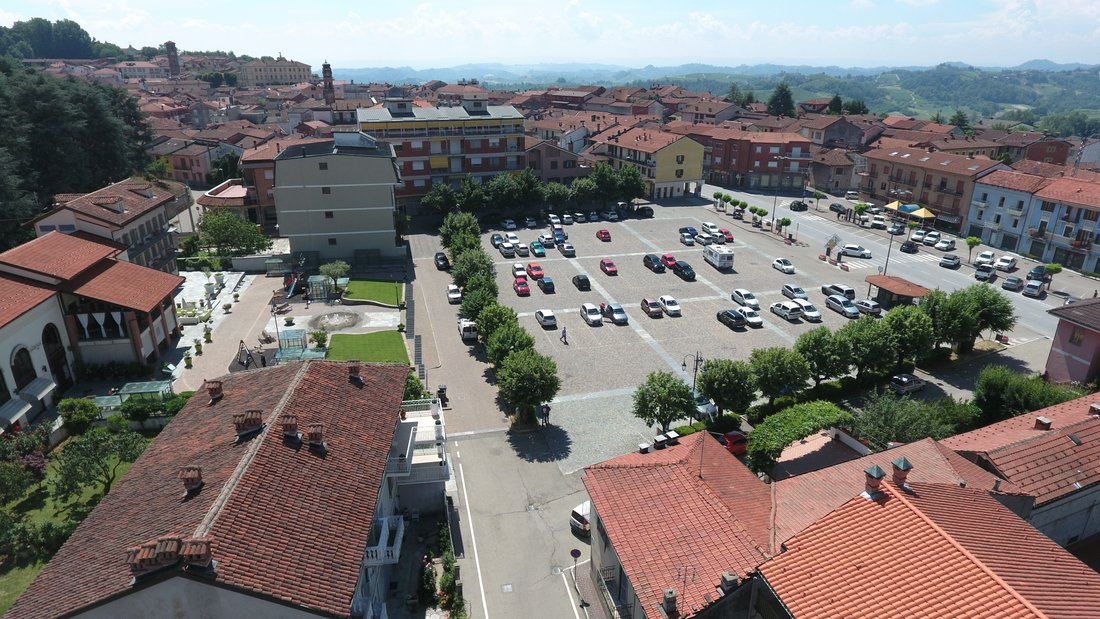 Piazza Vittorio Veneto Montà CN